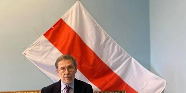 Liudas Mažylis Baltarusijos Nepriklausomybės dienos proga išplatino sveikinimą baltarusių kalba