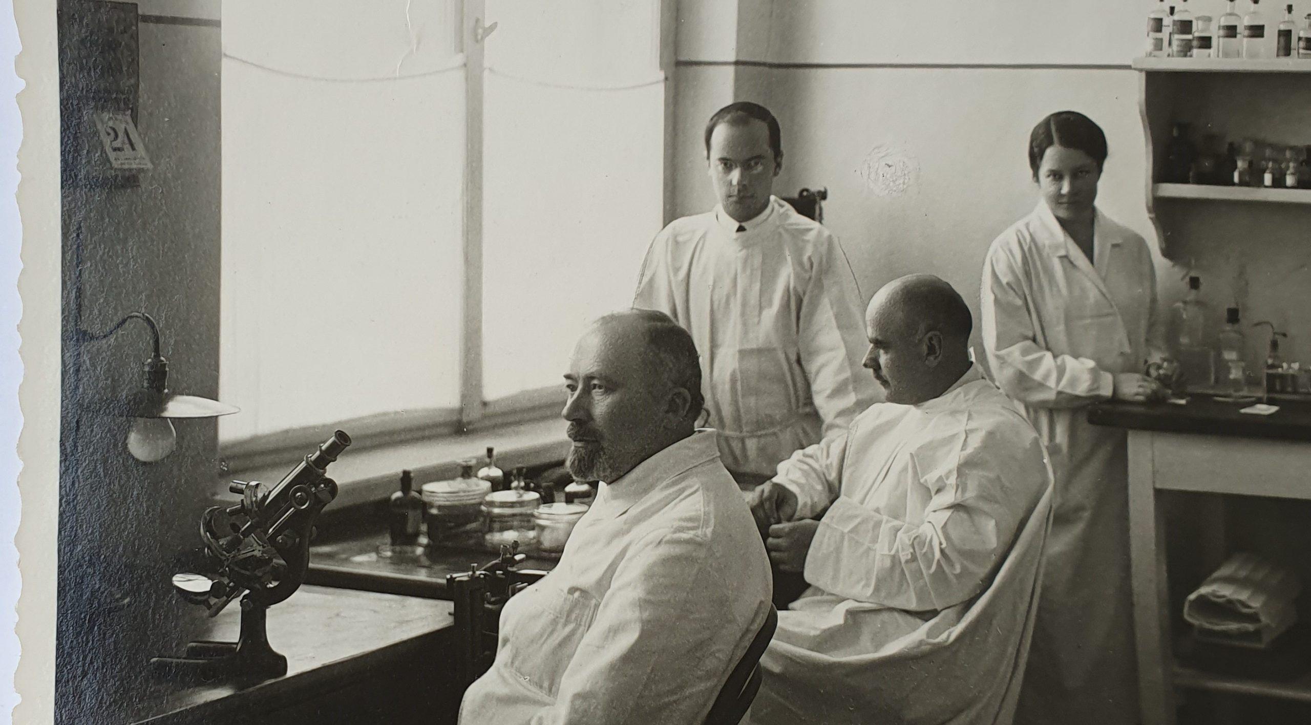 Medicinos darbuotojų dieną atsimenu savo senelį Praną Mažylį...